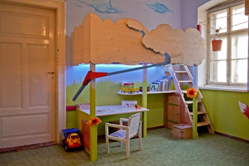 kinderbetten sebastian lei ner. Black Bedroom Furniture Sets. Home Design Ideas